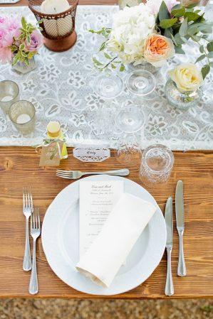 table setting al fresco