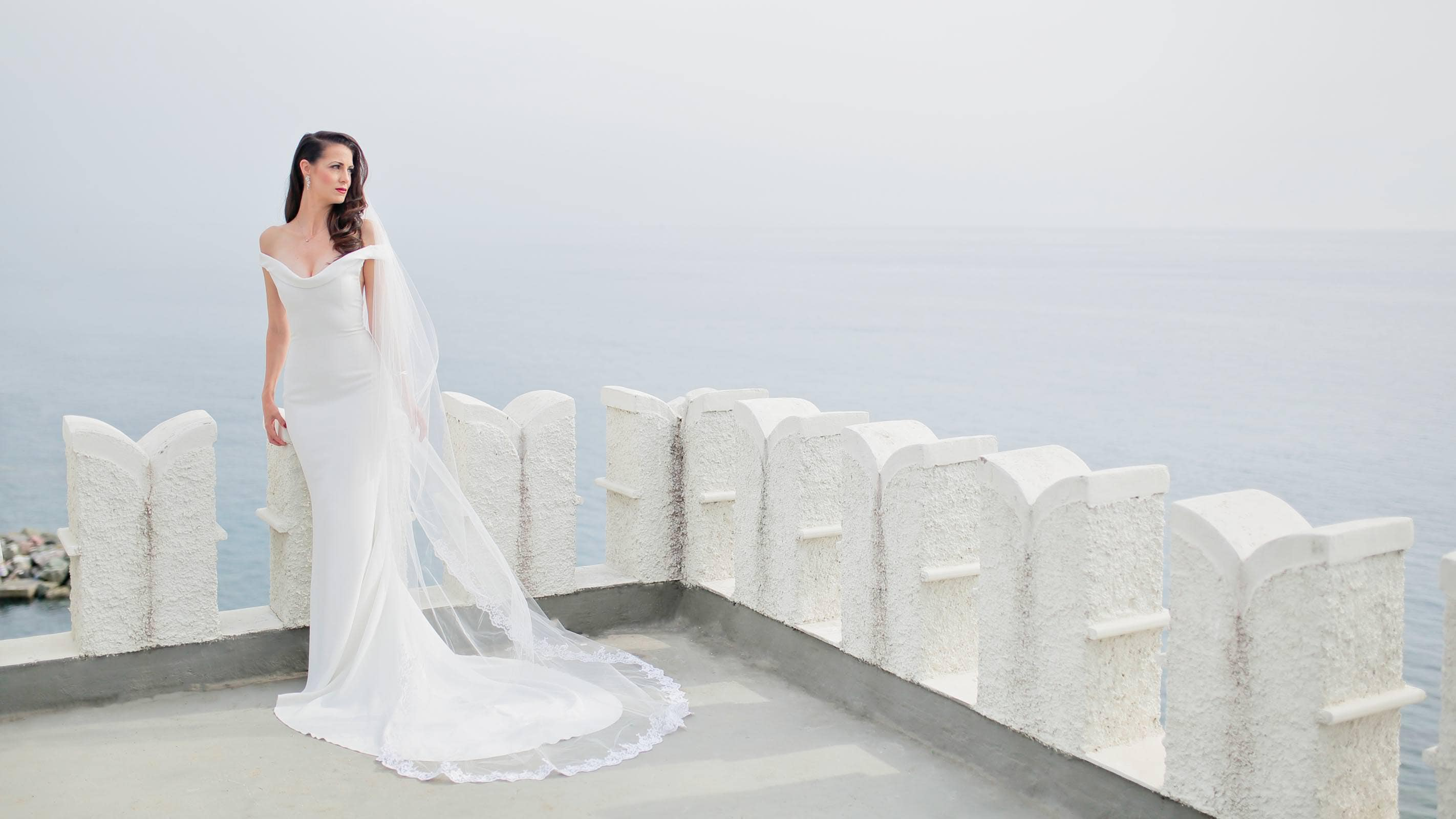 bridal portrait on the rooftop of Castello Canevaro