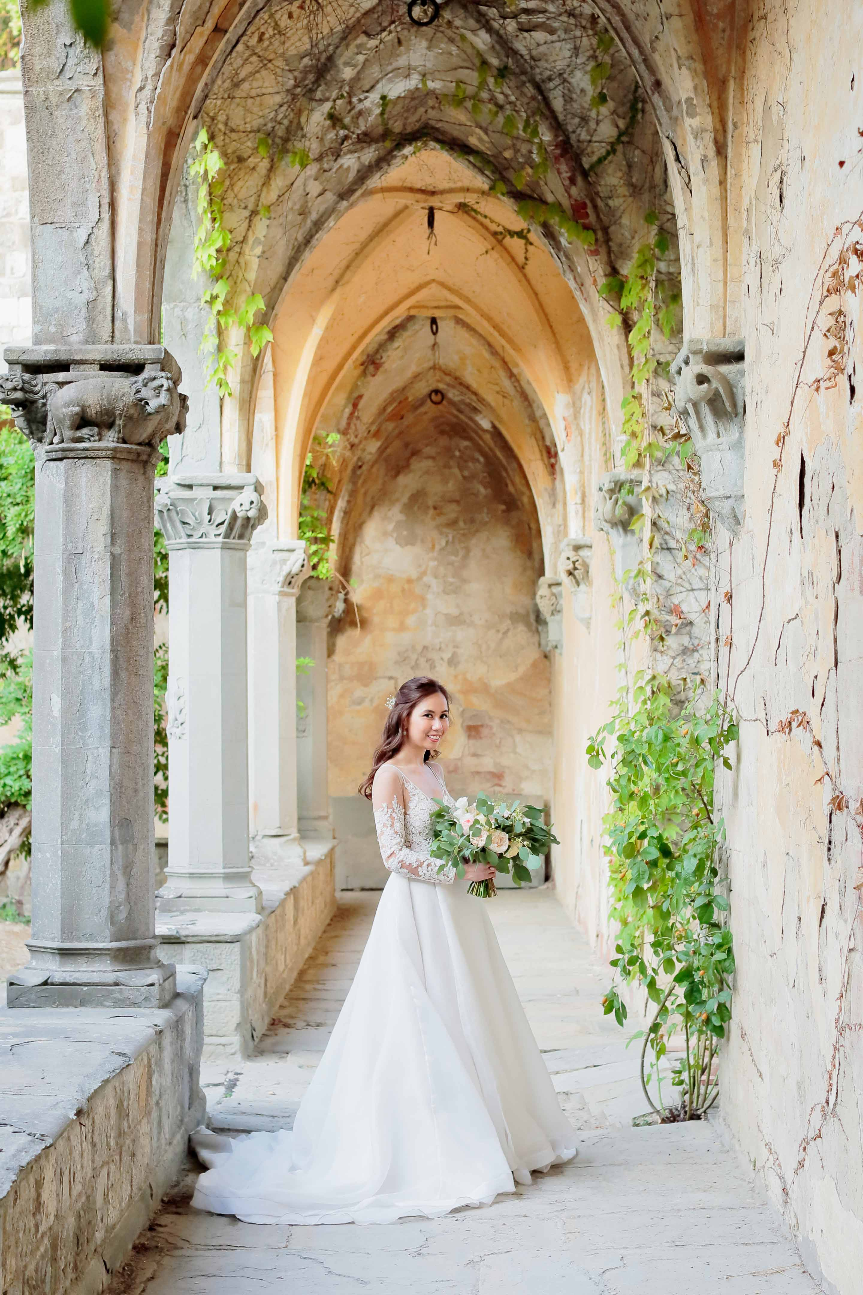lovely bride somewhere in tuscany