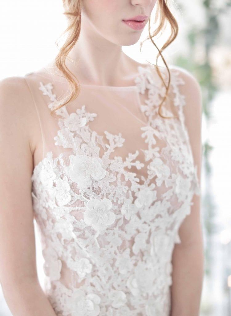 pronovias dress detail