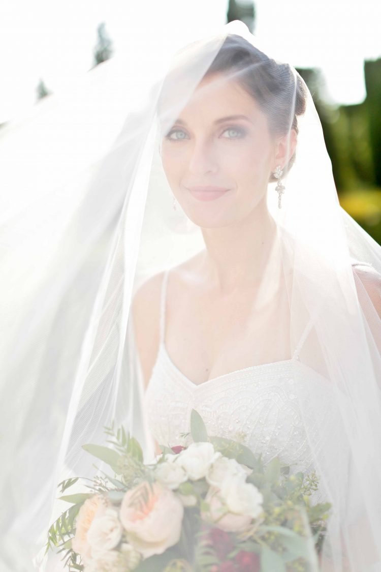 bridal portrait with the veil oh her head