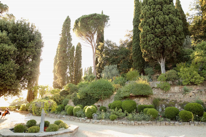 the garden of villa le fontanelle