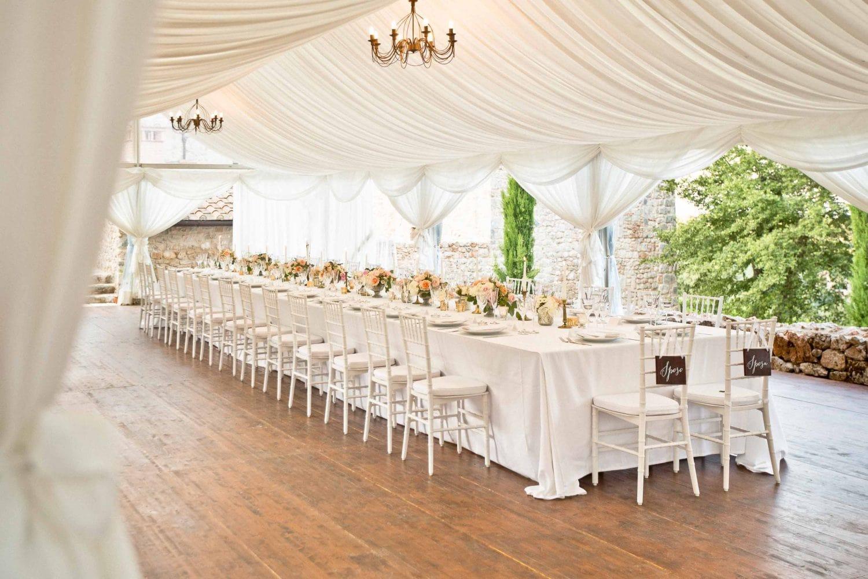 table setting for the wedding dinner